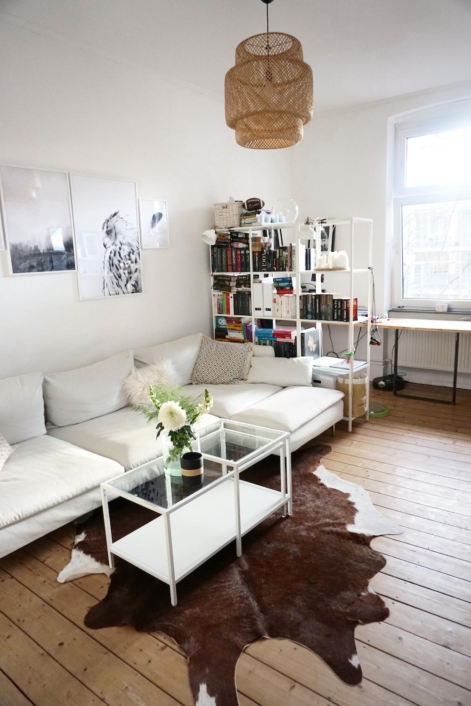 Livingroom White Interior