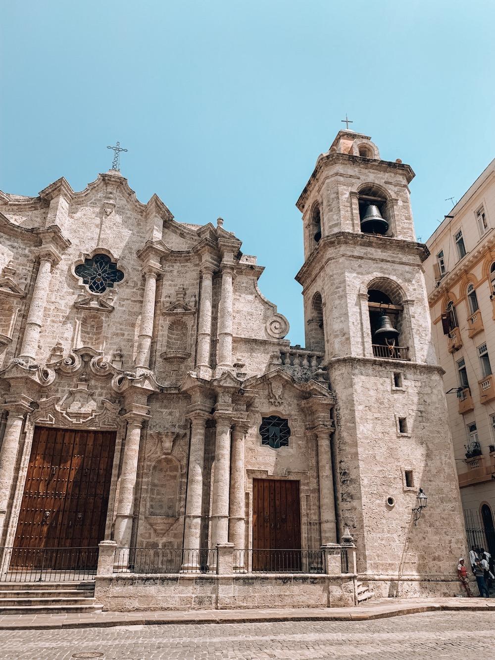 Plaza la Catedral de San Cristobal Havanna