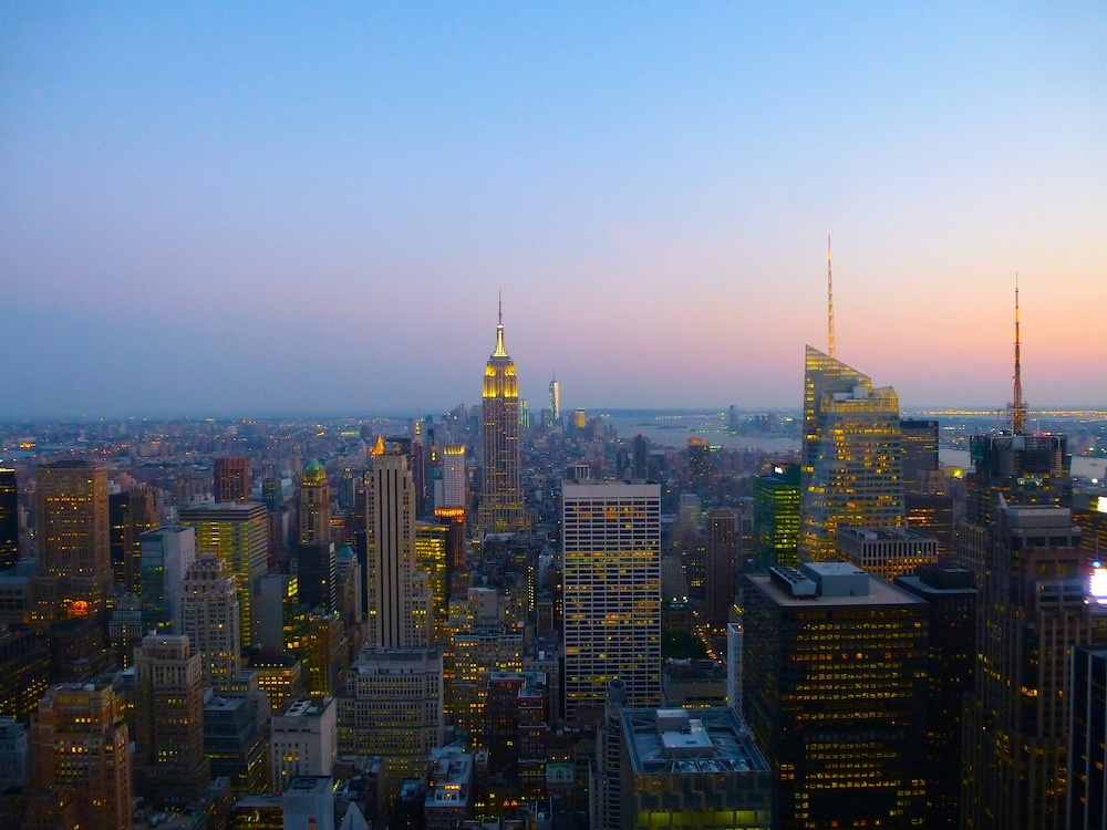 Rockefeller Center bei Nacht